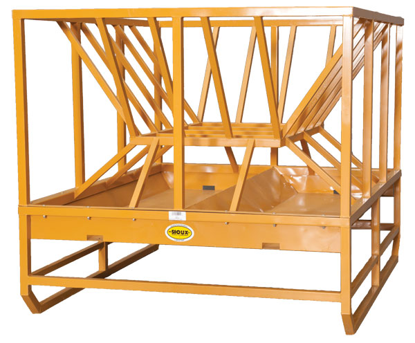 Sioux Steel Working Cattle Chute Cart Trailer