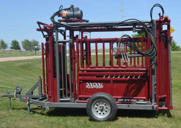 WW Stampede Hydrualic Chute on a Trailer